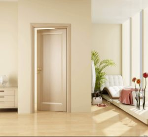 двери в спальне крашеные