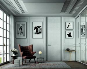 Высокие двери до потолка_