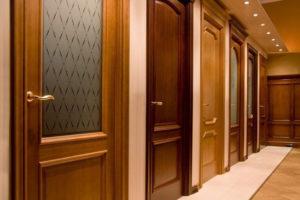 Какую межкомнатную дверь выбрать