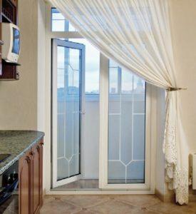 Шторы на балконную дверь без окна