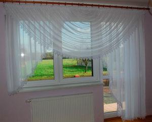 Занавески на балконную дверь