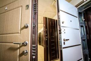 Защитные возможности входных дверей